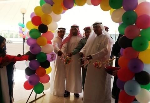 افتتاح مهرجان الطويين الابداعي بحضور نائب مدير منطقة الفجيرة التعليمية في الطويين